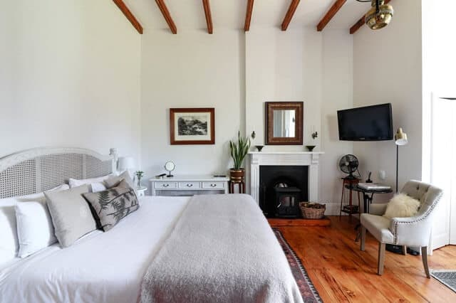 Fairview Homestead -Room1