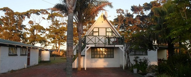 Moonsong Backpackers & Self Catering