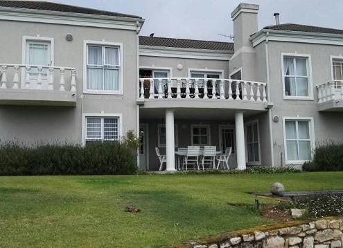 Magda's Guest House Stilbaai